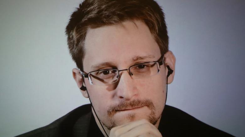 Edward Snowden hand on chin