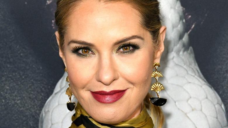 Leslie Grossman smile makeup