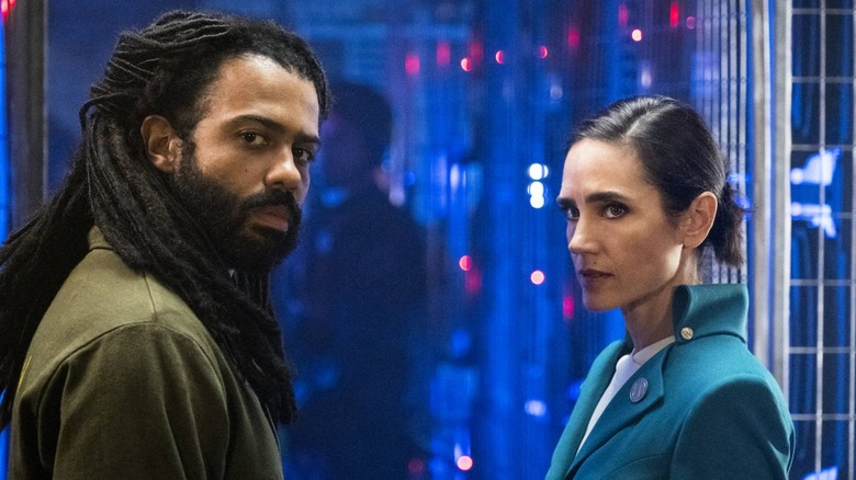 Daveed Diggs and Jennifer Connelly star on TNT's Snowpiercer