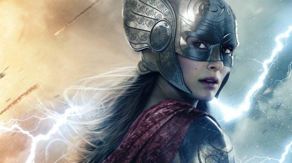 Natalie Portman in Thor helmet