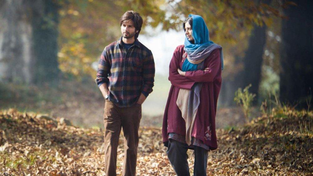 Shahid Kapoor as Haider Meer and Shraddha Kapoor as Arshia Lone in Haider