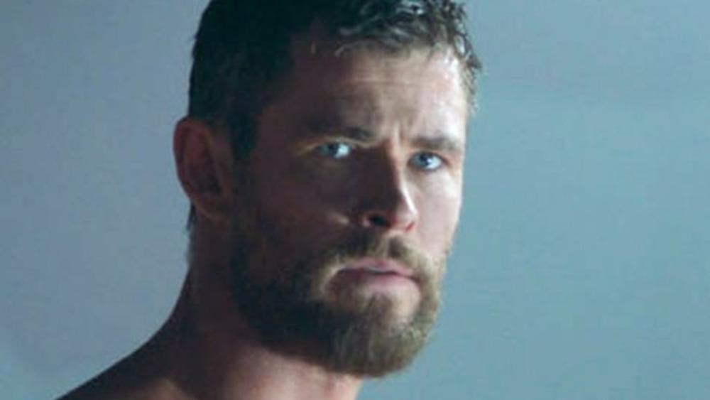 Chris Hemsworth Thor shirtless