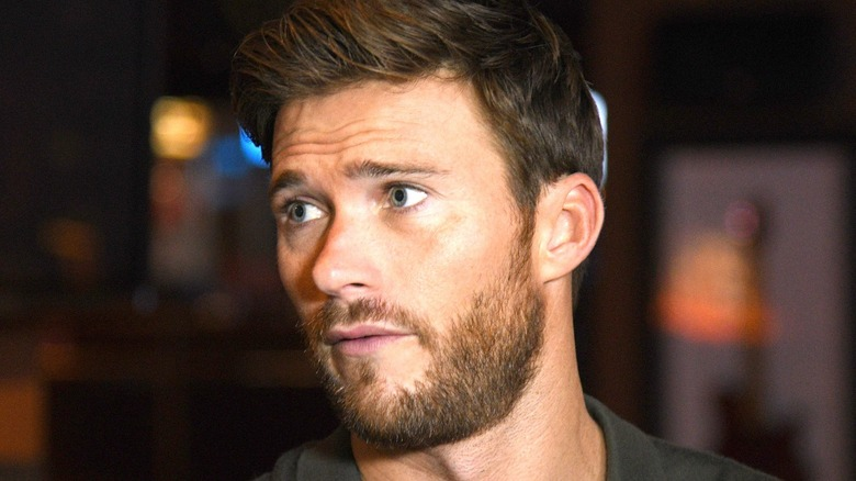Scott Eastwood looking right