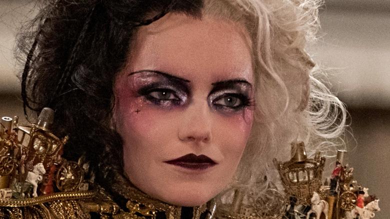 Cruella in avant-garde makeup