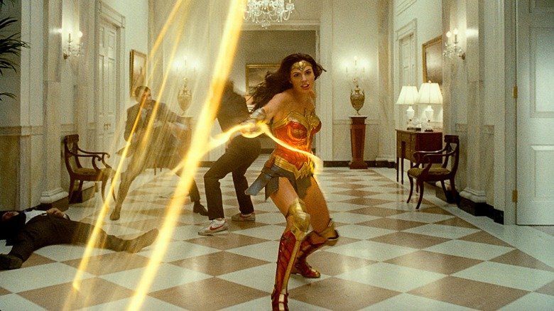 Princess Diana uses her Lasso of Truth in Wonder Woman 1984