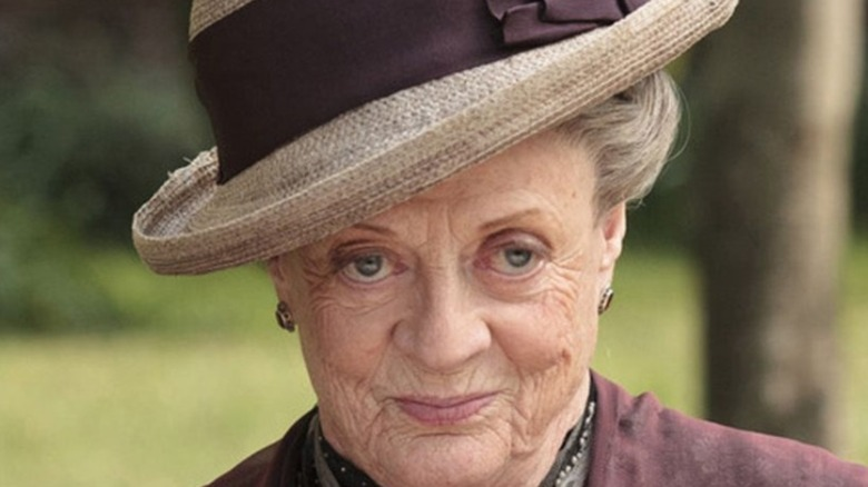 Maggie Smith Dowager Countess smiling hat