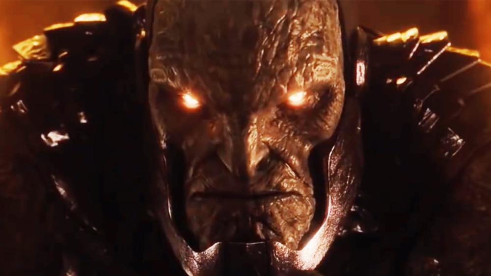 Darkseid's eyes glow red