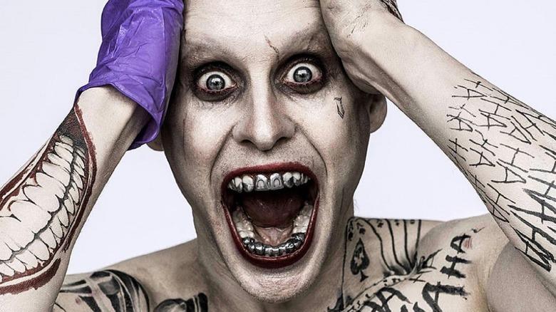 The Joker metal teeth