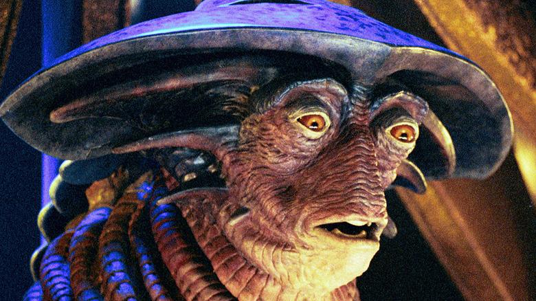 Farscape alien side profile