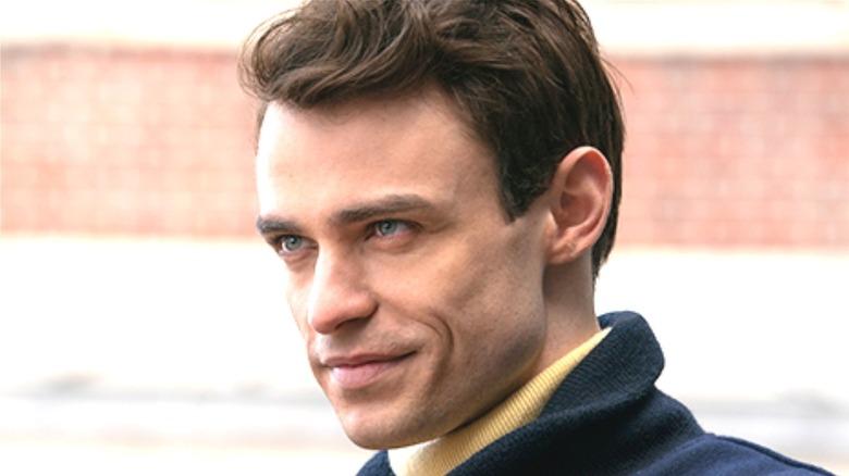 Thomas Doherty portrays Max