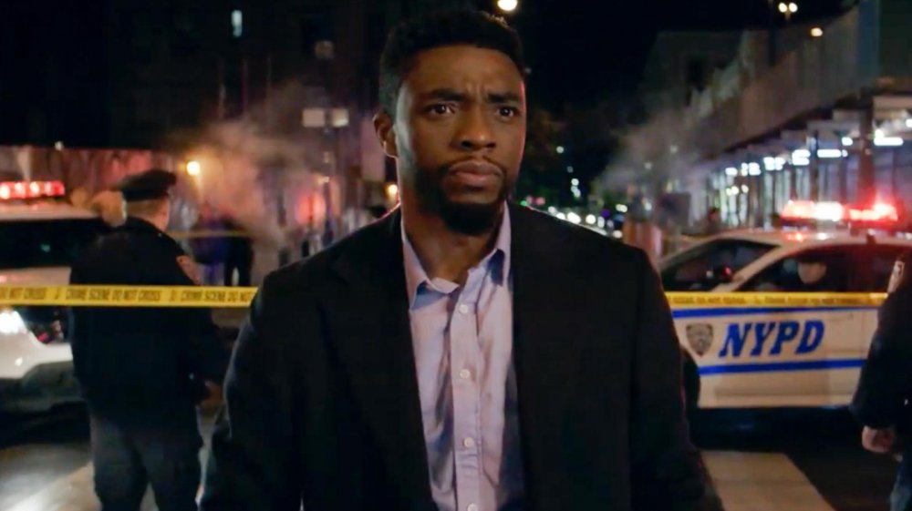 Chadwick Boseman as Andre Davis in 21 Bridges