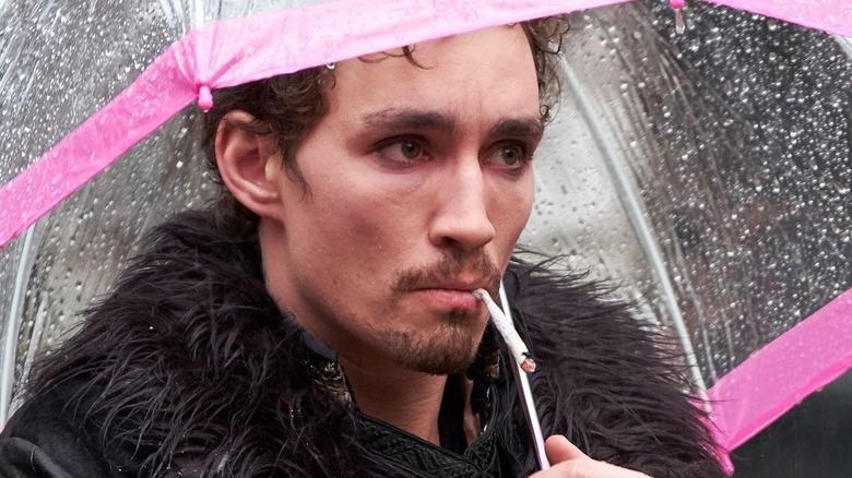 Robert Sheehan as Klaus Hargreeves in The Umbrella Academy