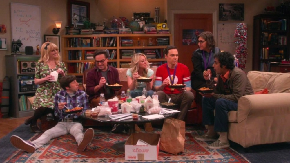 The Big Bang Theory cast eat dinner on the couch one last time