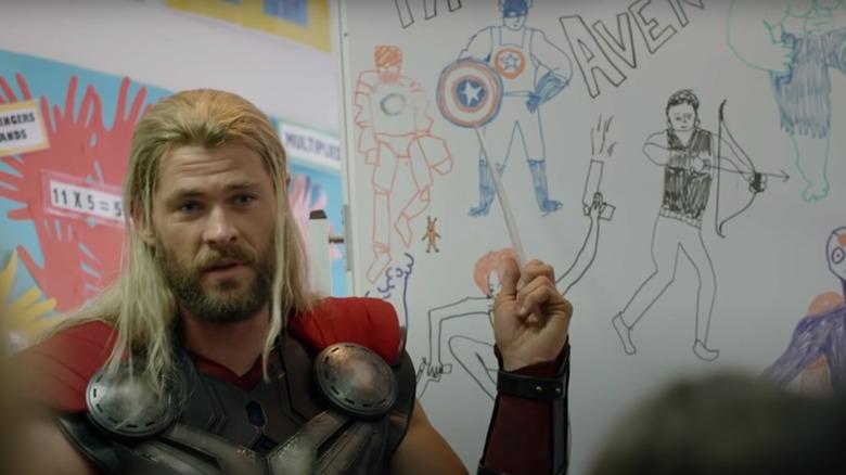 Thor explaining the MCU in Team Thor