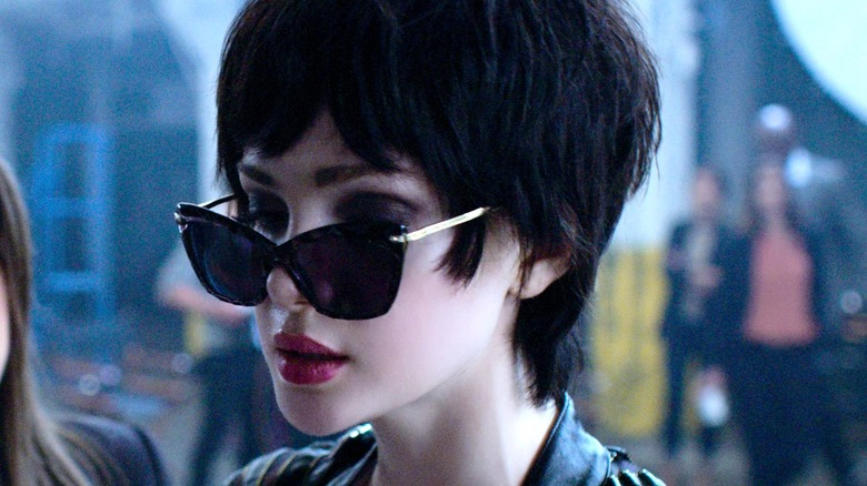 Chloe wearing sunglasses Jupiter's Legacy