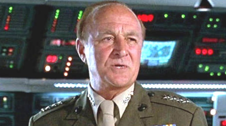 Robert Loggia wearing army uniform in Independence Day