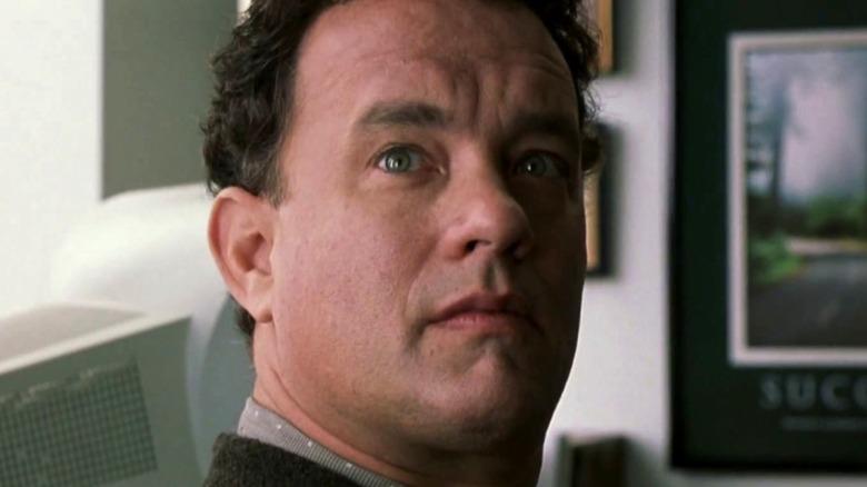 Tom Hanks Viktor Navorski looking up