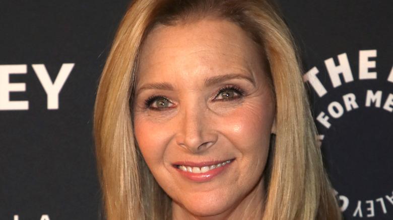 Lisa Kudrow smiling