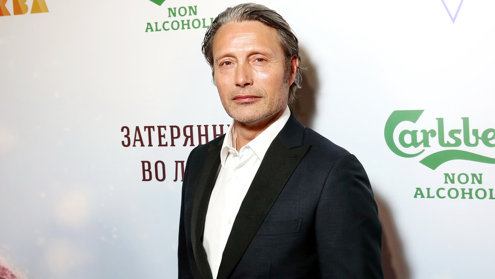 Mads Mikkelsen at a premiere event for Arctic