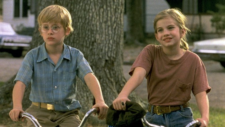 Macaulay Culkin and Anna Chlumsky in My Girl