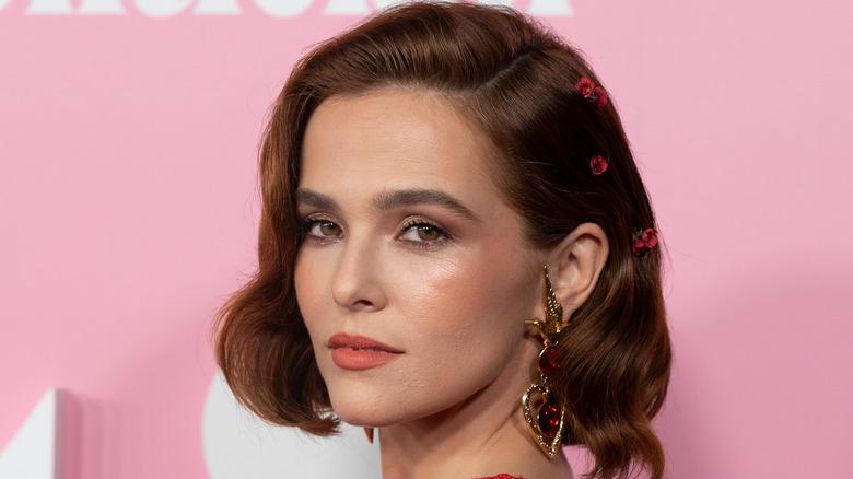 Zoey Deutch at the Met Gala 2021 will star in Not Okay