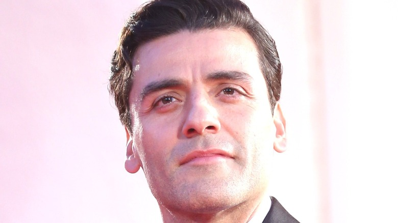 Oscar Isaac at a red-carpet event