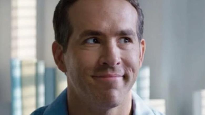 Ryan Reynolds smirks in Free Guy