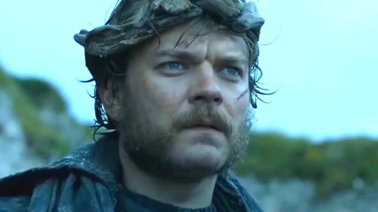 Game of Thrones Euron Greyjoy Wears Crown
