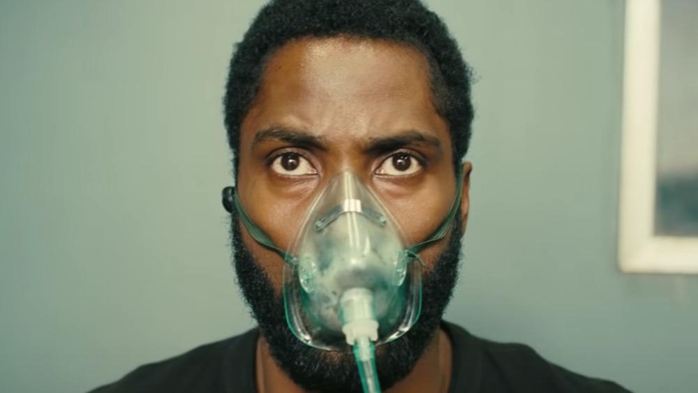 The Protagonist Tenet oxygen mask