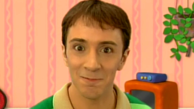 Steve from Blues Clues smiling