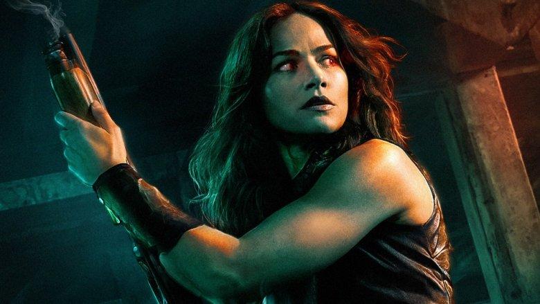 Kelly Overton in Van Helsing promo pic