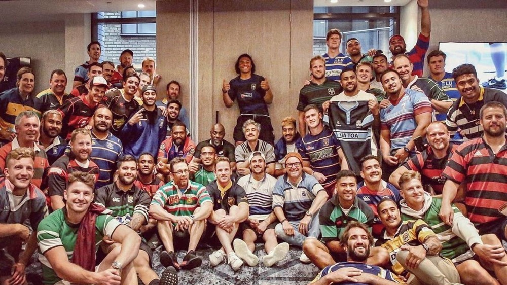 Taika Waititi and Idris Elba hang out with a rugby team in New Zealand
