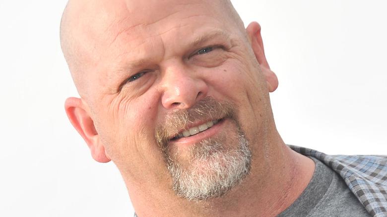 Rick Harrison grey shirt
