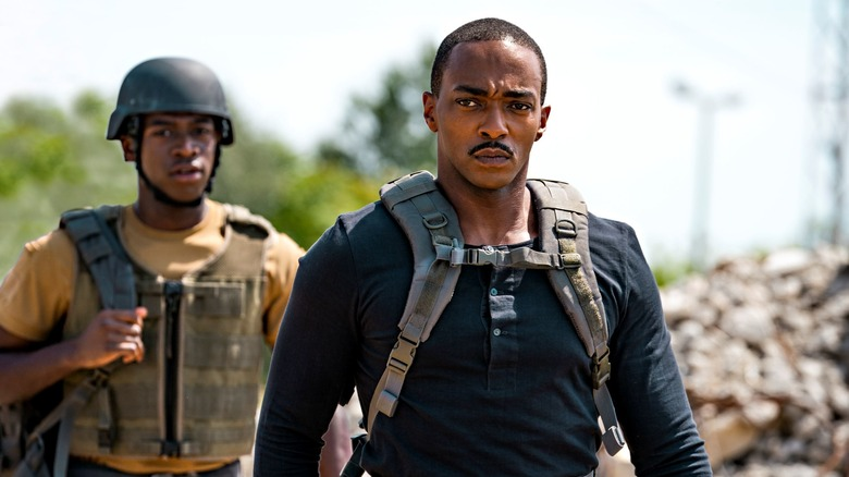 Harp and Leo wear military gear in Outside the Wire