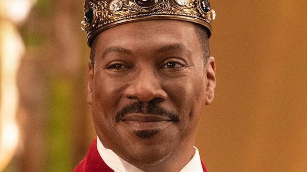 Eddie Murphy King Akeem smiling crown