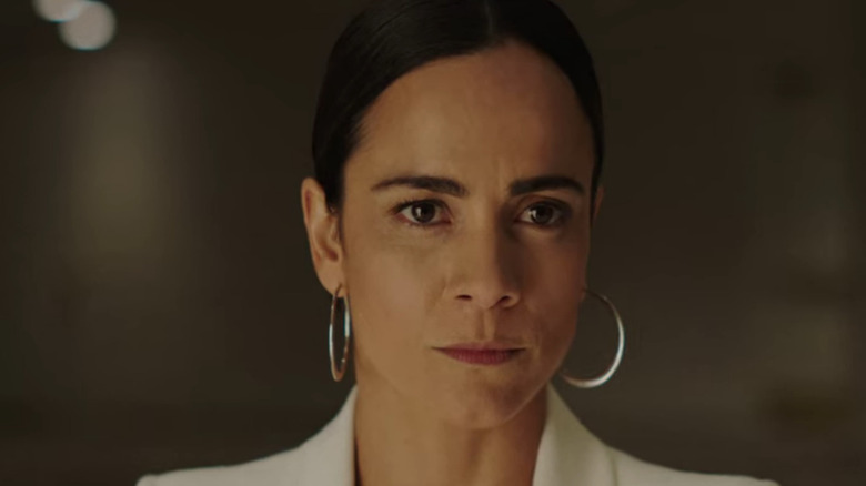 Alice Braga acting in Queen of the South