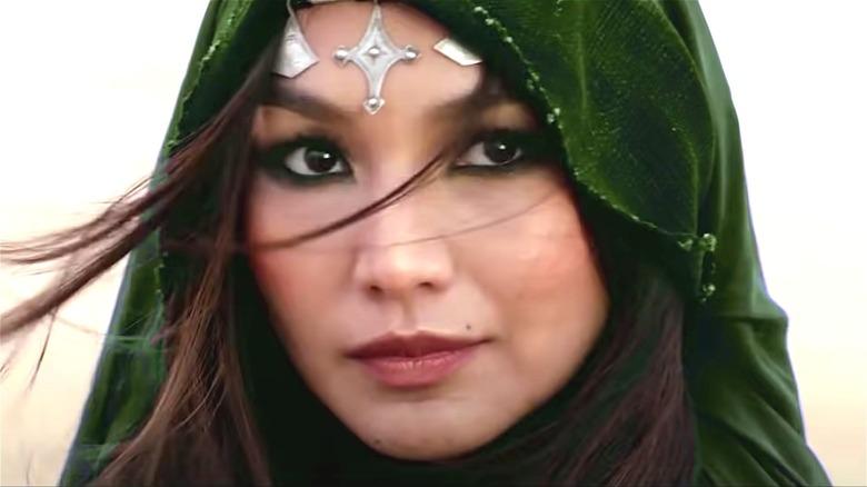 Sersi in green cloak