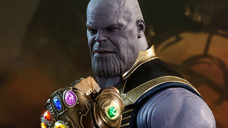 Thanos Hot Toys MOVIE MASTERPIECE 1/6 SCALE FIGURE - AVENGERS: INFINITY WAR