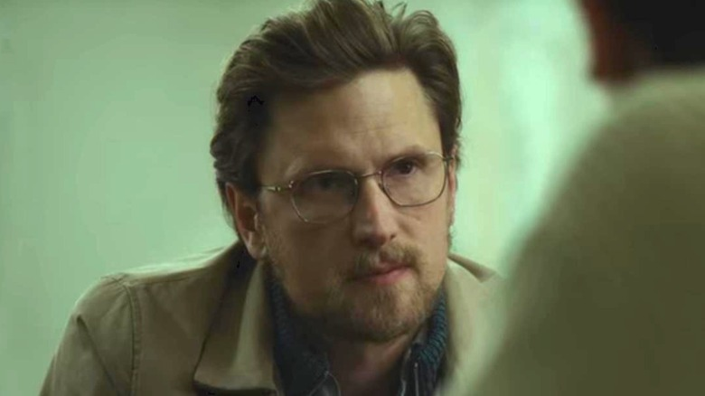 Mark Hess beard glasses