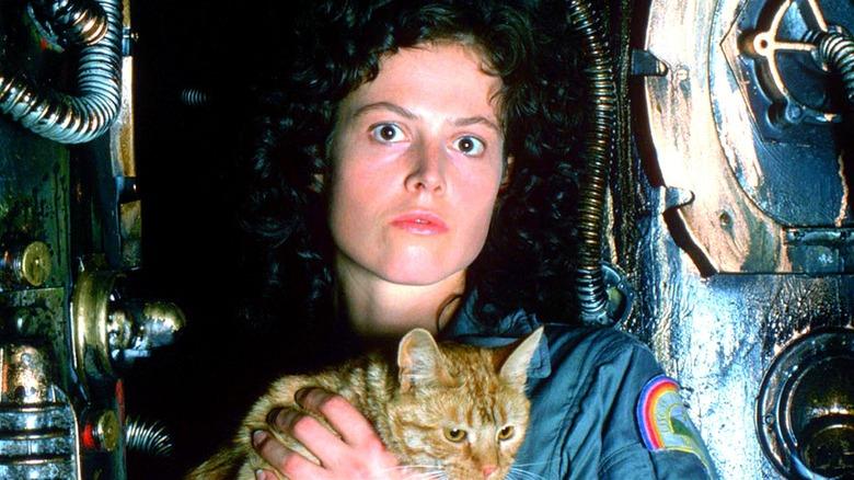 Ripley & Jones in Alien