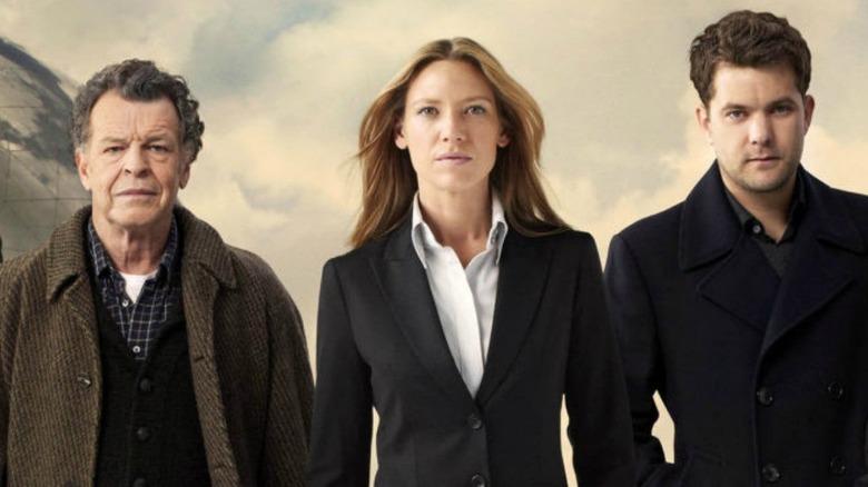 Anna Torv as Olivia Dunham, John Noble as Dr. Walter Bishop, and Joshua Jackson as Peter Bishop in Fringe