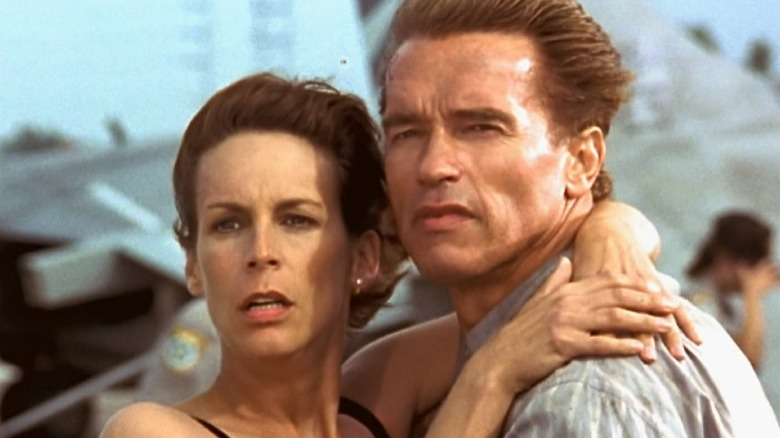 Helen and Harry Tasker embracing