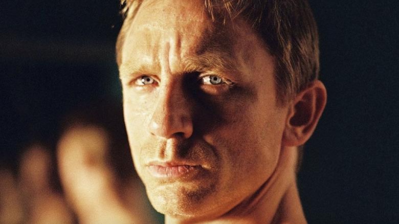 Daniel Craig smolder