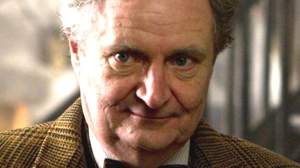 Professor Slughorn in Hogsmeade