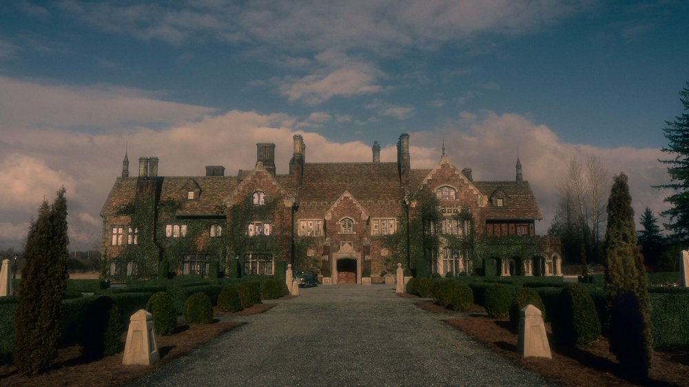 Bly Manor, as seen in Netflix's Zillow posting
