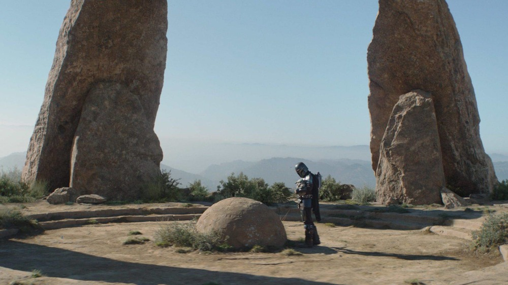 Din Djarin and Grogu encounter the Jedi Temple on The Mandalorian