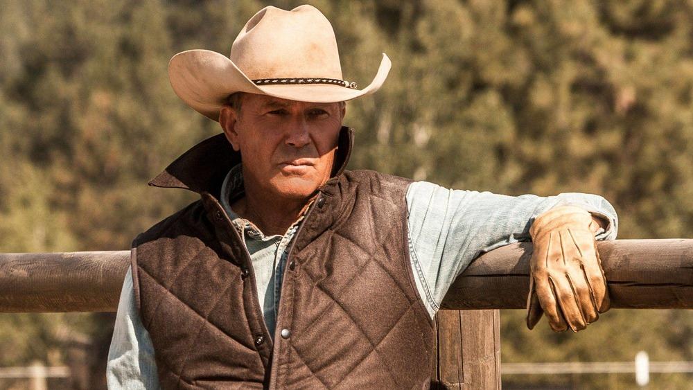 Kevin Costner cowboy hat