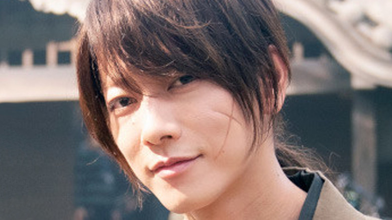 Kenshin grinning