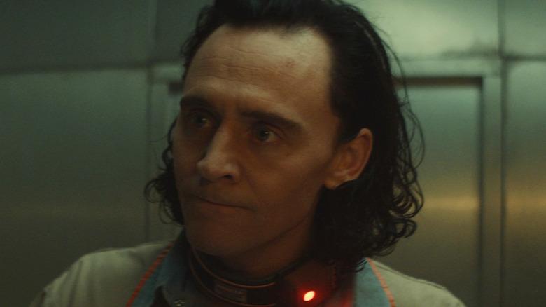 Tom Hiddleston Loki desk flustered