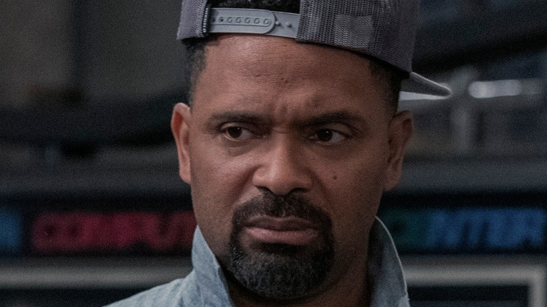Mike Epps mechanic outfit